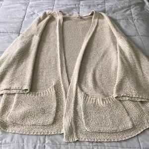 Loose open sweater